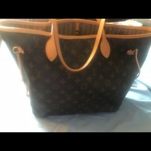 Authentic Louis Vuitton Neverfull GM in Pivione
